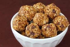 Energy bites (recipe link in snack list below)